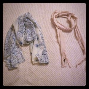2 for 1 light weight scarves